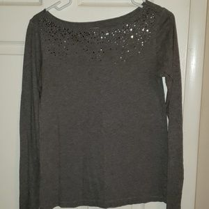 Beautiful sweater with rhinestones on neck